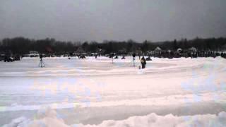 preview picture of video 'Course de tracteurs à gazon Trois-Lacs 18-02-2012'