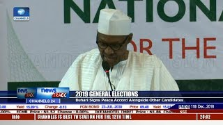Buhari Signs Peace Accord Alongside Other Candidates