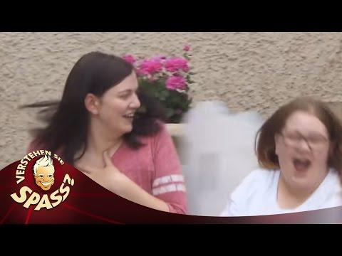 Der lebendige Türklopfer | Verstehen Sie Spaß?