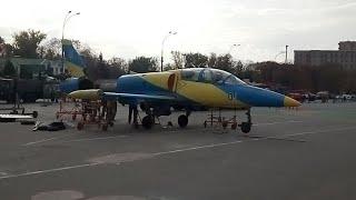 Харьков,площадь Свободы,Военная Техника