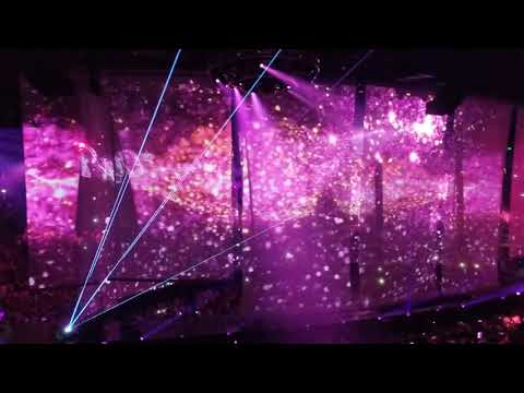 Carrie Underwood  Cry Pretty Tour 360 opening: Paradise City/Southbound