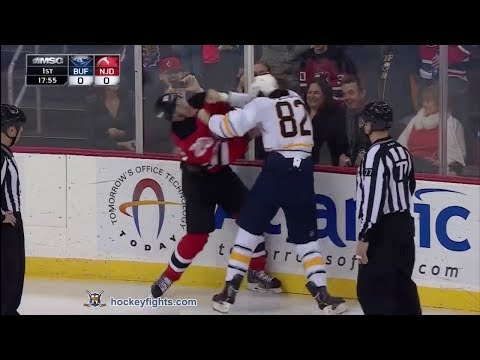 Marcus Foligno vs Ryan Carter