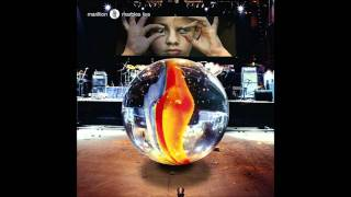 Marillion - The Invisible Man (Marbles Live).wmv