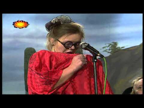 Lenka Plačková - Dva modré balónky ( s Banjo Bandem )