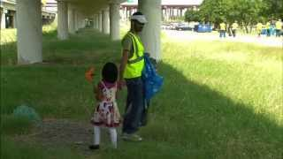Volunteers Clean Park