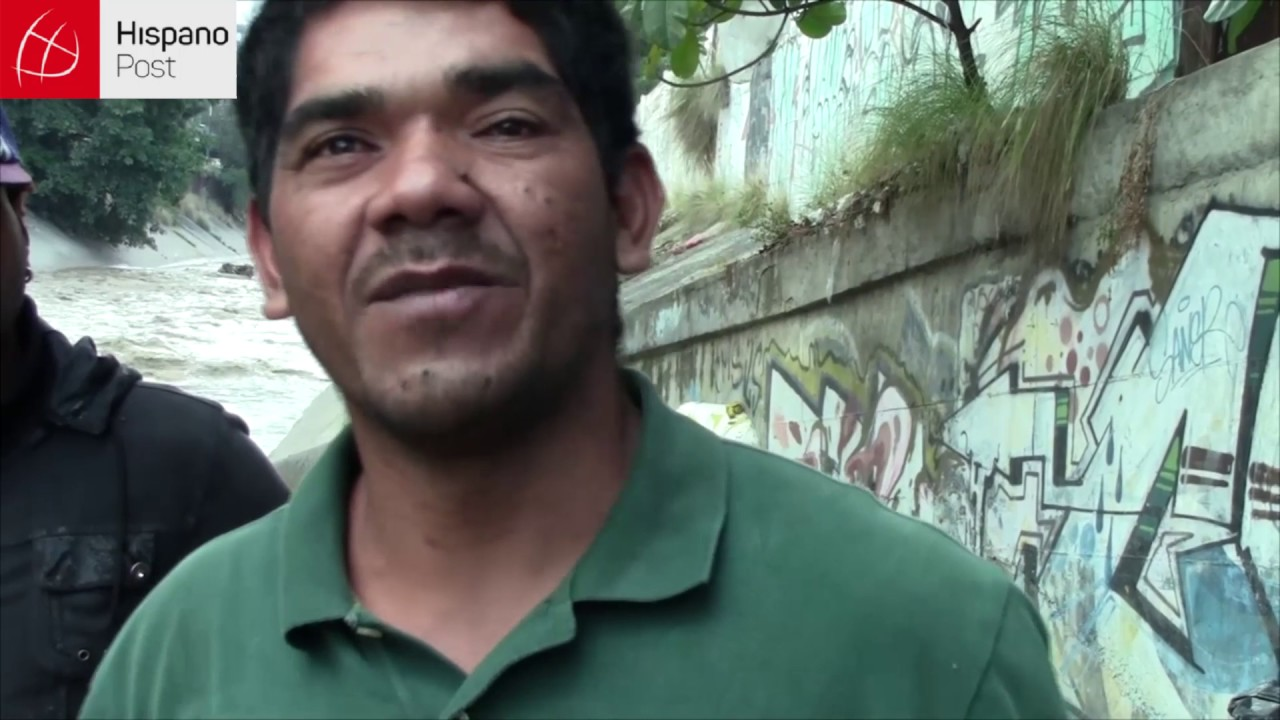 Los olvidados que viven en la ribera del río más sucio de Caracas