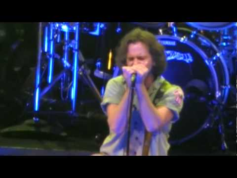 Pearl Jam- Gonna See My Friend (Los Angeles '09) HD