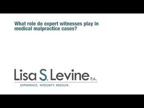 What role do expert witnesses play in medical malpractice cases?