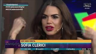 """""""Me metí en la cama con Romeo Santos, pero es gay"""" Sofía Clérici en Con Amigos Así"""