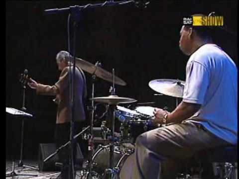 Pat Martino,Welcome to a Prayer (live at Umbria Jazz,Italy) online metal music video by PAT MARTINO