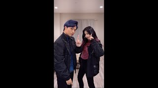 Enjoy our 'Any Song' (아무노래) dance challenge! We also just dyed our hair~ Hope you like our new hair color :)  Follow us on our social media! Danced by Ellen Min - https://instagram.com/ellenmint_ Edited by Brian Li - https://instagram.com/briankevli Our couple account: https://instagram.com/eebeelife  Twitter: https://twitter.com/EllenxBrian Facebook: https://www.facebook.com/EllenandBrian/  Discord: https://discord.gg/EllenandBrian Twitch: https://twitch.tv/EllenandBrian TikTok: https://www.tiktok.com/@ellenandbrian Bilibili: Ellen和Brian https://space.bilibili.com/399114140 Weibo: Ellen和Brian https://www.weibo.com/u/7030512687  Outfit details: Bombers - Kore Limited Brian's blue shirt - Topman Ellen's pink shirt - Uniqlo  ---------------------------------------------------- #EllenandBrian #AnysongChallenge #Zico Disclaimer: We do not own any of the music or choreography.