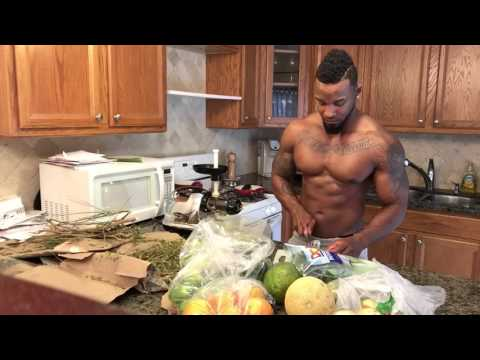 Green juice and Omega juicer 8006