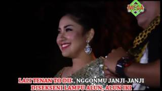 Download lagu Vita Kdi Alun Alun Nganjuk Mp3