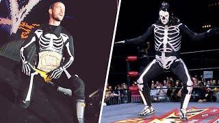 10 Amazing Stories Behind One-Off Wrestling Attires