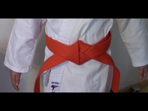 Karate Gürtel binden, zwei Arten