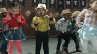Festa Junina.... Dançou  Etc E Tal Com Sandy E Júnior