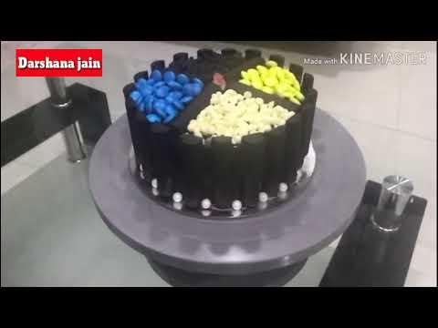 Darshana jain  cooking  classes, Chocolate cake with chocolates garnishing, decoration