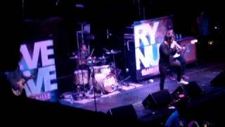Every Avenue - Think Of You Later (Empty Room) LIVE.