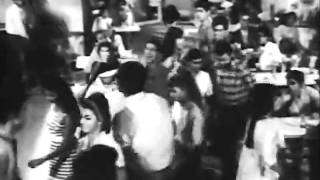 Pinjre Ke Panchhi - Ae Matwaale Dil Jhoom Le - YouTube