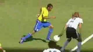 Robinho Stepovers Curtains Close Video