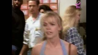 Beverly Hills dans Melrose Place Episode 1 (2)