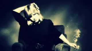 Marianne Faithfull - Sign Of Judgement