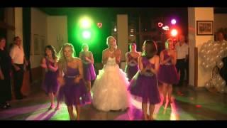 Svadobný tanec : Nevesta a družičky - spoločný tanec