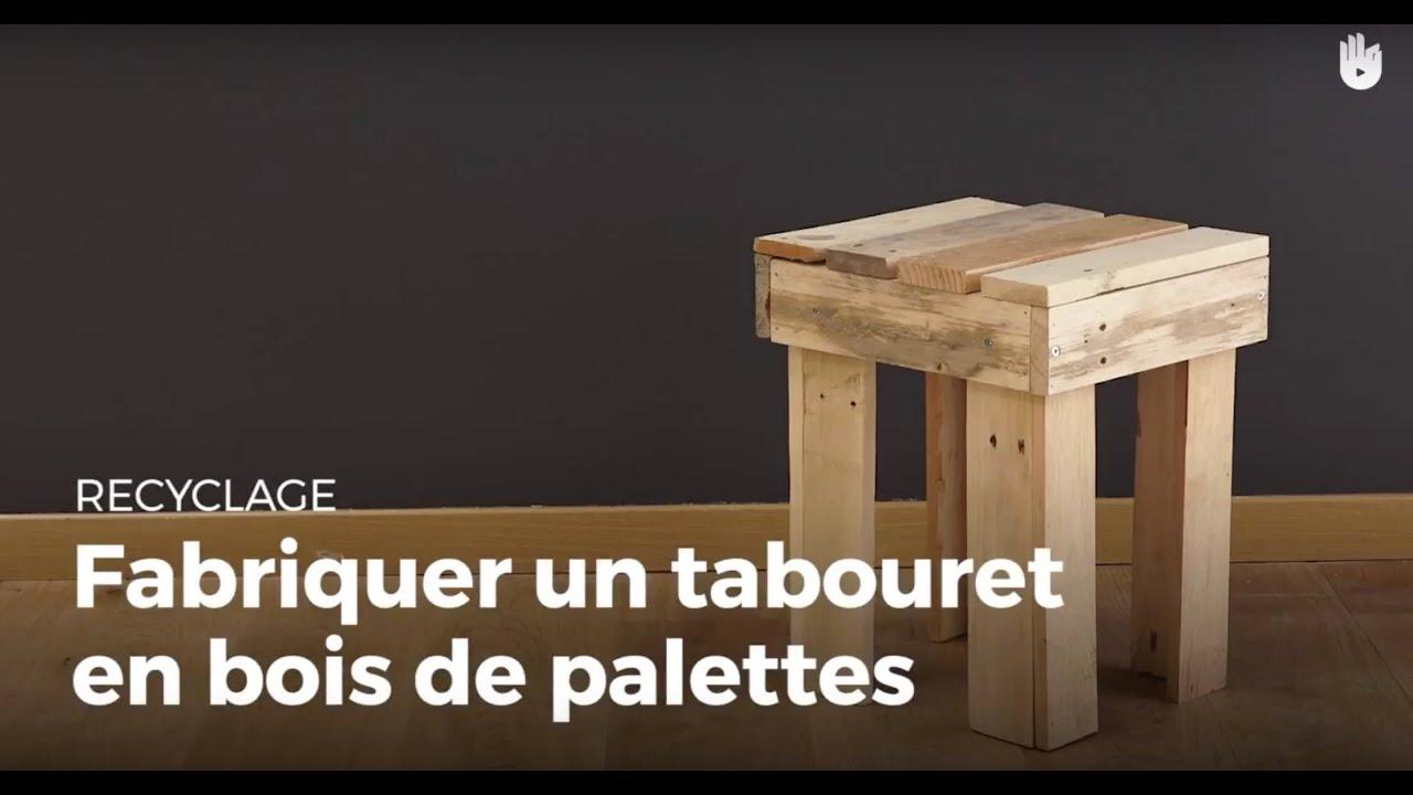 fabriquer un tabouret 4 pieds en bois de palette fabriquer des meubles avec des palettes sikana. Black Bedroom Furniture Sets. Home Design Ideas