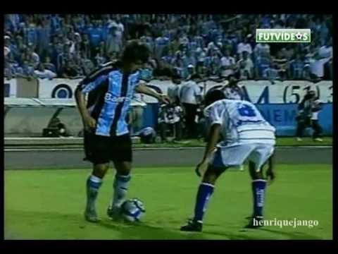 Douglas, o Maestro que pode voltar ao Corinthians