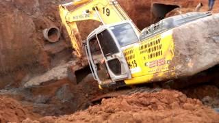 Manobras De Escavadeira 386