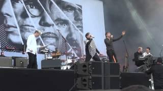 "FFS Franz Ferdinand Sparks ""So Desu Ne"" 12.09.2015 Lollapalooza Berlin 2/4"