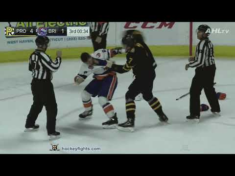 Trent Frederic vs Kyle Burroughs
