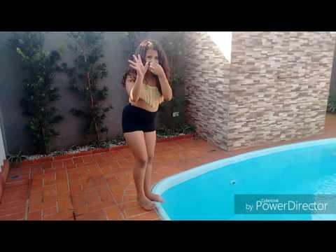 Primeiro vídeo do canal desafio da piscina ft:meu irmão