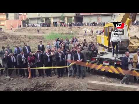 استقرار «رمسيس الثاني» وسط تصفيق المواطنين ووزير الآثار