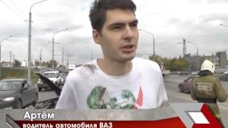 В Новокузнецке в результате ДТП перевернулся легковой автомобиль