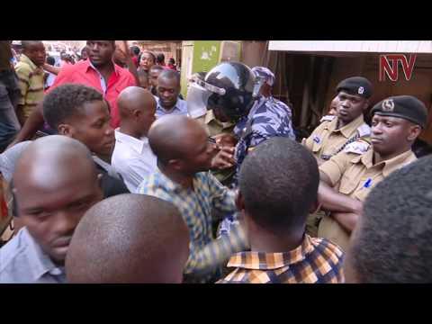 Abasuubuzi ku Qualicell beekalakaasizza
