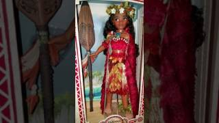 "Disney Store 17"" Limited Edition Voyager Tagaloa Moana doll"