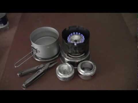 Fornello pressurizzato ad alcool: funzionamento, durata di una carica ed efficacia d'uso
