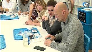 Новгородских педагогов продолжают знакомить с деятельностью кванториума