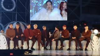 161119 EXO(엑소) reaction to BLACKPINK(블랙핑크) - WHISTLE + PLAYING WITH FIRE @MMA