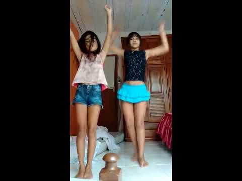 Dançando kpop Peek a Boo