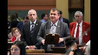 Rep. Terry Sabo Passes Women Veterans Recognition Day
