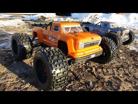 RC ADVENTURES - OOUTCAST SNOW BASH + FIX + BASH AGAiN! STUNT TRUCKS!