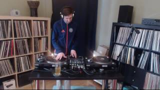 Mixing Records While They Go Round