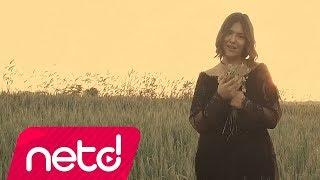"""Tuğçe Kandemir'in, Dark'n Dark Music etiketiyle yayınlanan """"Bu Benim Öyküm (Akustik)"""" isimli tekli çalışması video klibiyle netd müzik'te.  Söz & Müzik: Tuğçe Kandemir Düzenleme: Özkan Meydan & Alican Özbuğutu Yönetmen: Mustafa Özen  Türkçe Pop oynatma listesi: http://bit.ly/ndm-turkcepop Yeni Hit Şarkılar: http://bit.ly/ndm-hitsarkilar netd müzik'te bu ay: http://bit.ly/ndm-enyeniler  netd müzik, Facebook'ta, http://bit.ly/ndm-facebook aynı zamanda Twitter'da, http://bit.ly/ndm-twitter bir de Instagram'da! http://bit.ly/ndm-insta ve Spotify'da: http://spoti.fi/2GbWAEx peki YouTube kanalımıza abone oldunuz mu? http://bit.ly/2d8ihWS"""