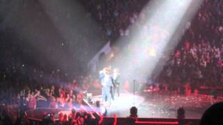 Microphone - 98 Degrees - The Package Tour - Ottawa