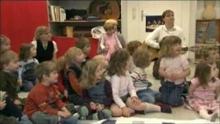 Hugo, Leeloo, Richard und das Tamburin. Beobachtungen im Musikkindergarten