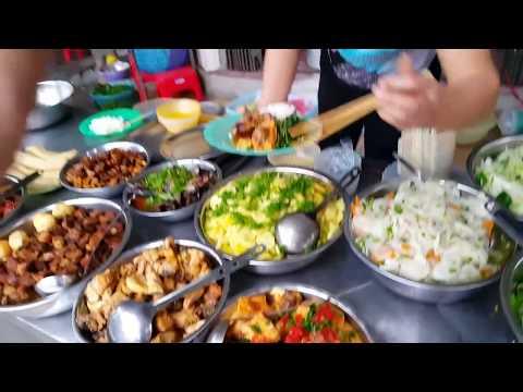 กินข้าวราดแกงจังหวัดห่านาม Eating Phủ Lý street food Hà Nam Vietnam