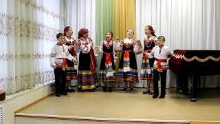 Девка по саду ходила - фольклорный ансамбль Колокольчики