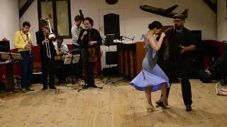 Nicolas Naman And Alina Vysotskaya - Blues Dance Improvisation